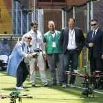 Massimo Ferrero alle prese con il drone di Wesii - Clicca per ingrandire