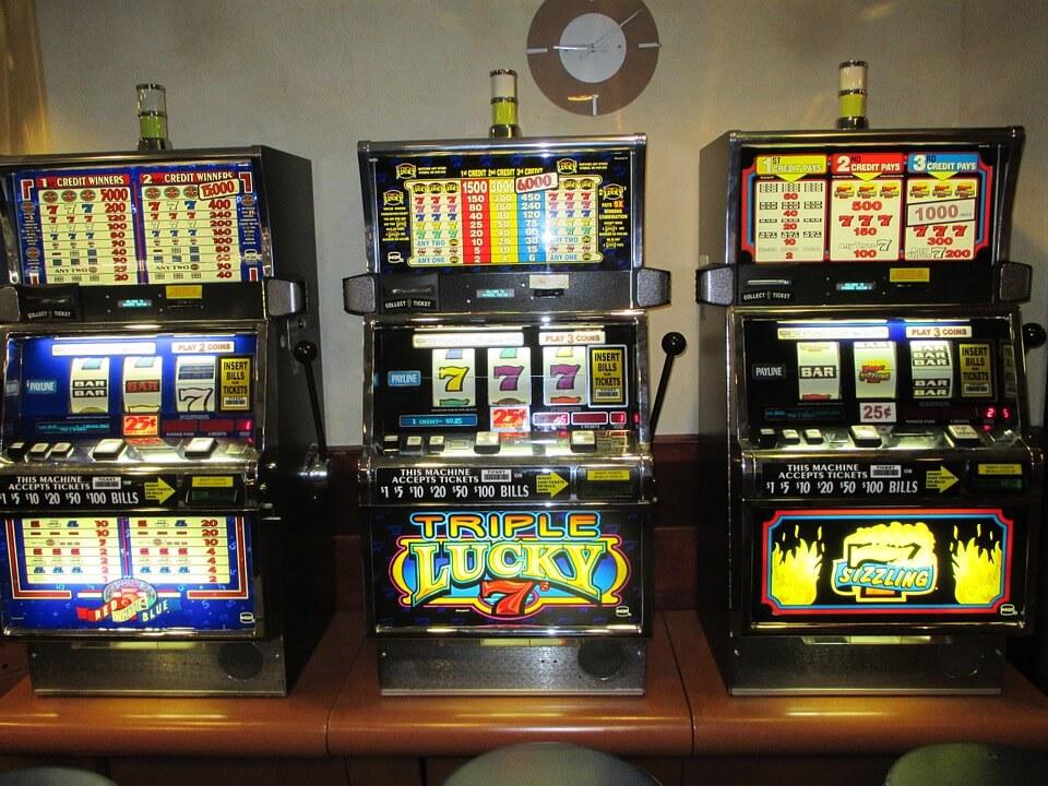 Gioco d'azzardo in Liguria, Toti annuncia: