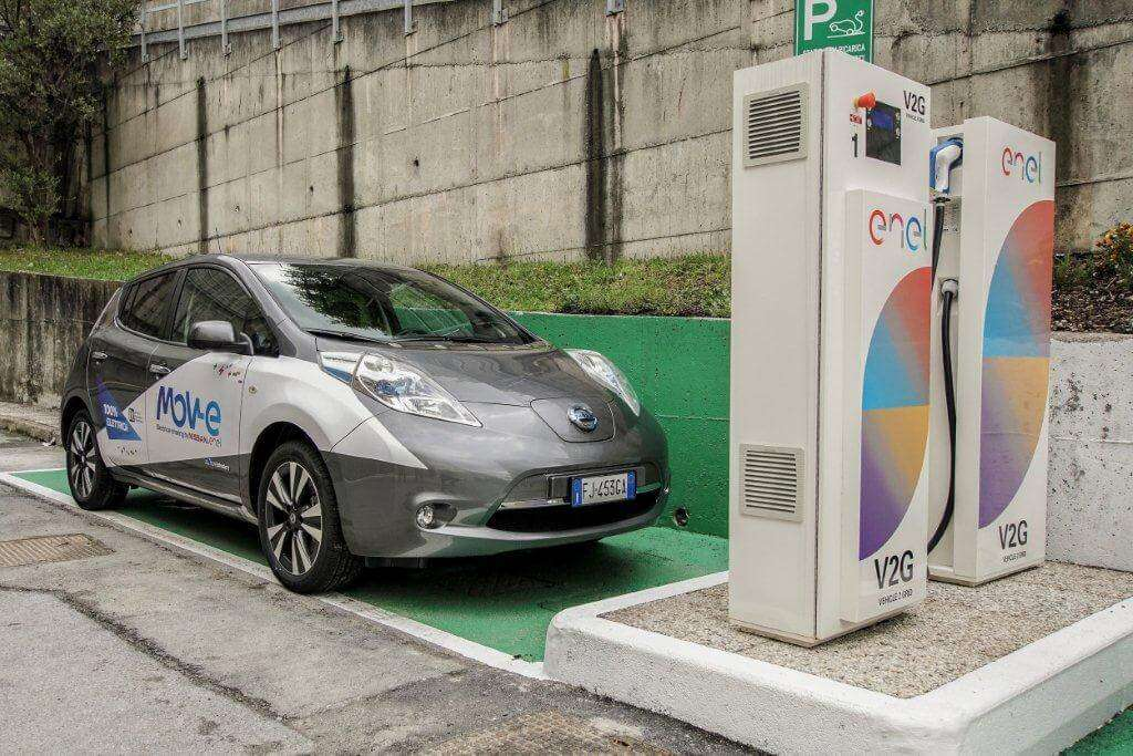 Enel: con Nissan e IIT per sviluppo mobilità elettrica