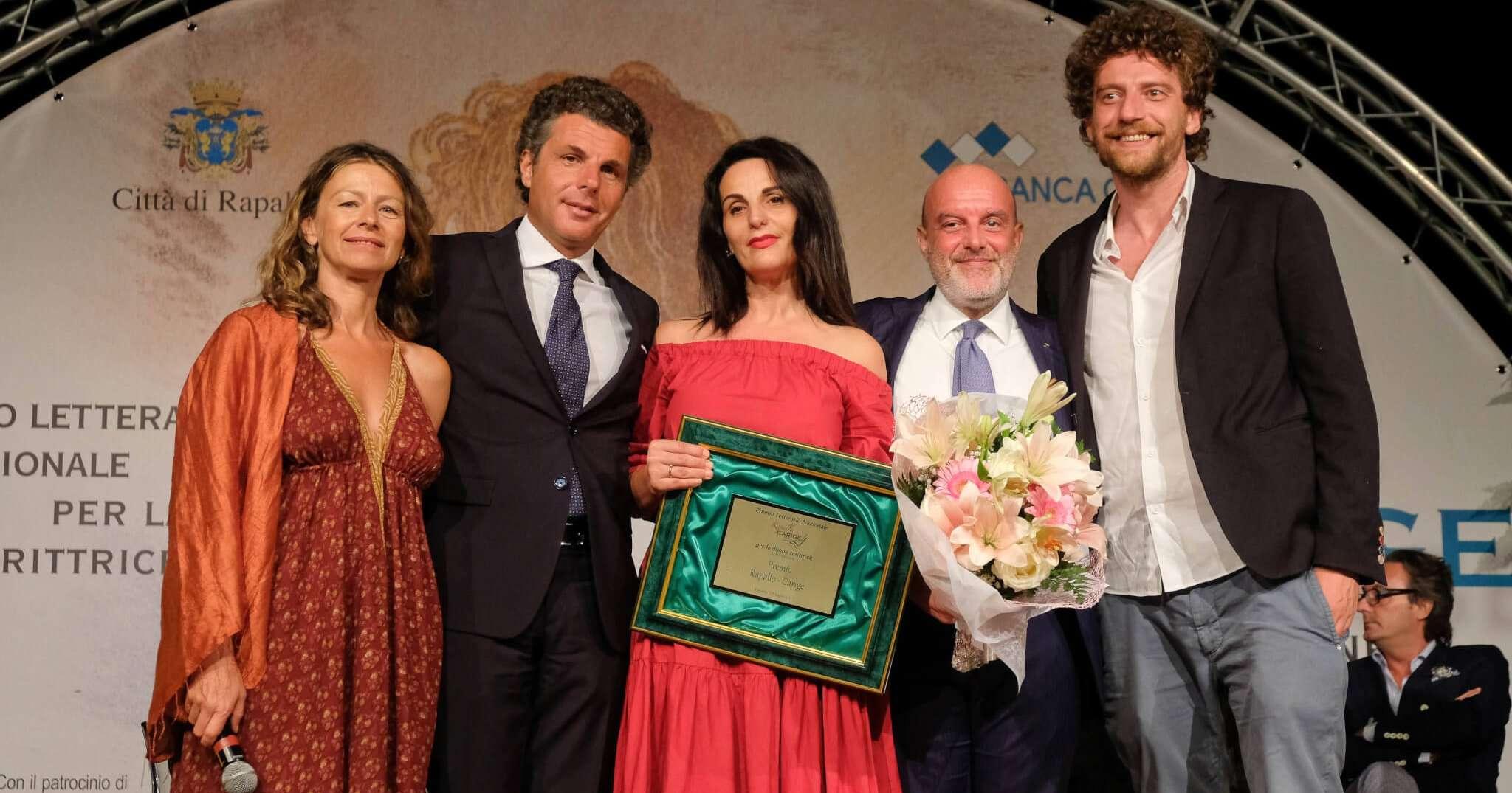 Carige esce dal premio Rapallo per donna scrittrice