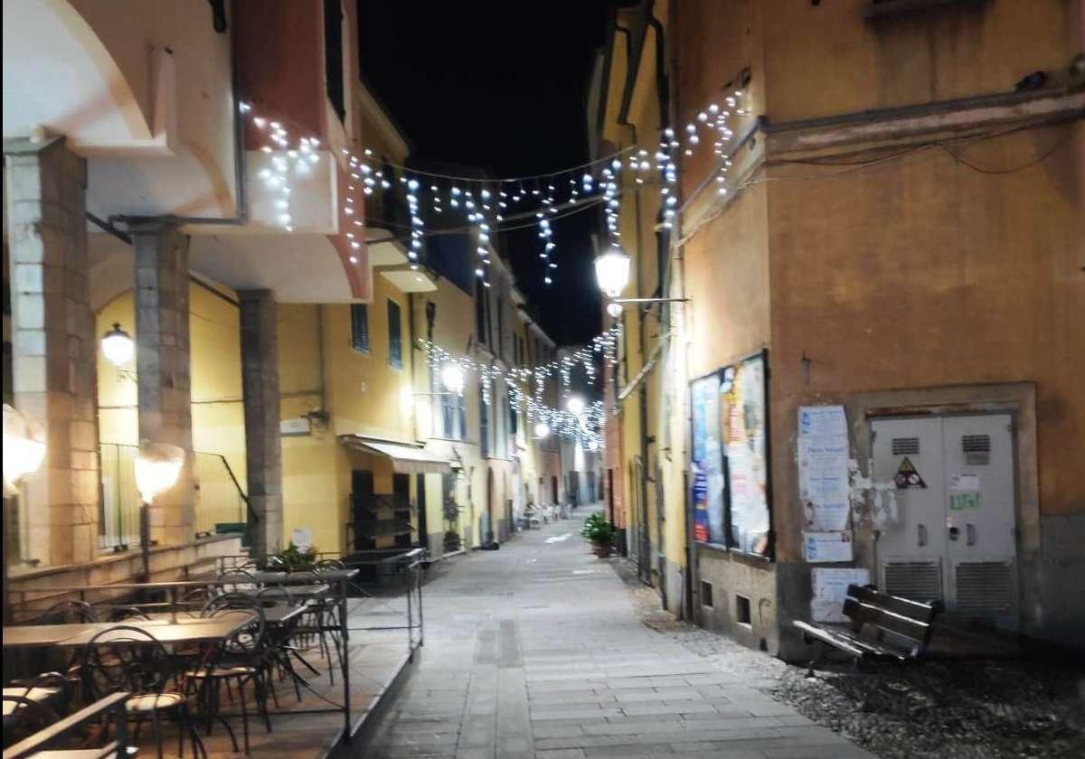 Ceriale al via l illuminazione led nel centro storico liguria
